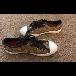 Coach sneakers size 5.5 US - CLASSIC LOGO
